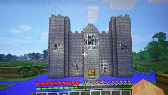 Minecraft Castle ( front view)