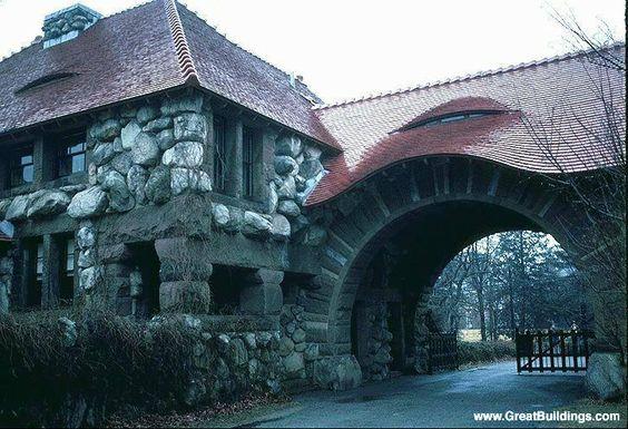 Henry hobson richardson ames gate lodge north easton ma for Richardson architect