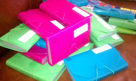 After seeing how this teacher organizes with these accordion folders, I am going to Target!!