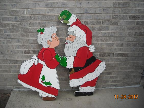 funny santa christmas yard decorations from wood | Yard art, Lawn ornaments and Kiss on Pinterest