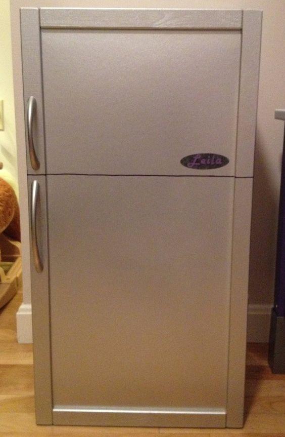 make a play fridge out of the ikea apa storage box