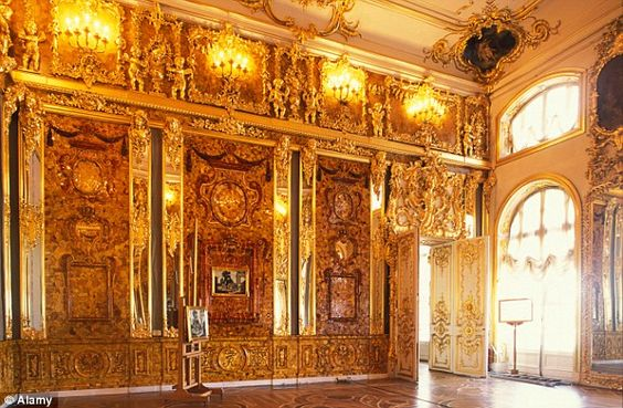 Nazi gold train could contain ornate £250m 'Amber Room' looted in war #dailymail: