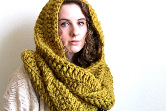 Huge chunky crochet cowl // Ready to ship by greatnorthknit, $55.00