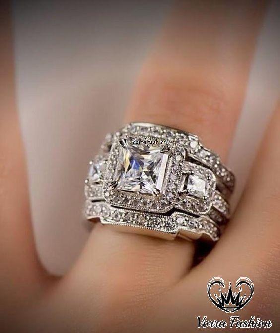 Pin On Engagement Ring Set