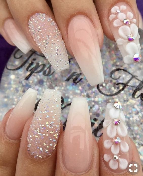 28 Excellent Winter Fancy Nails Trends Ideas To Wear This Year Page 27 Of 28 Creative Vision Des In 2020 Nail Designs Gorgeous Nails Nail Art Wedding