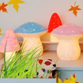 Paddestoel lampen als leuke aankleding voor in de kinderkamer met het thema bos