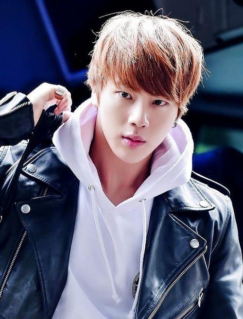 Bangtan Boys ❤ Seokjin (jin) | nice picture of him | tumblr: