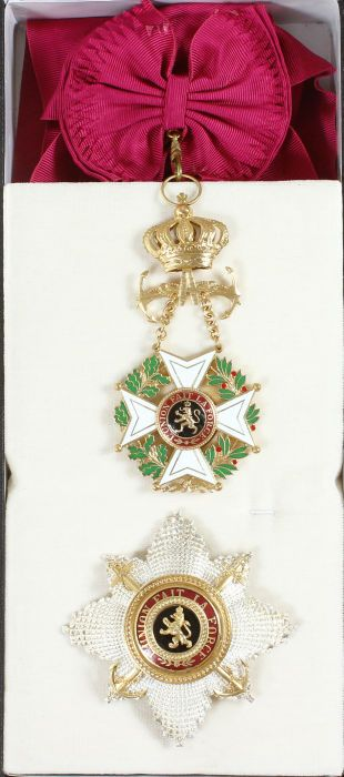 Order of Leopold (naval) Grand Cordon set, with badge  and breast star in box of issue.