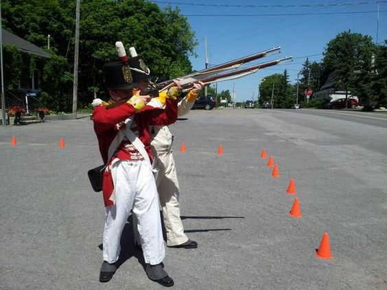 Demonstrations by the 100th Regiment for Doors Open Ottawa!