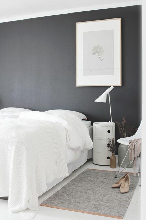 schlafzimmer wei e bettw sche graue wand bild farben. Black Bedroom Furniture Sets. Home Design Ideas