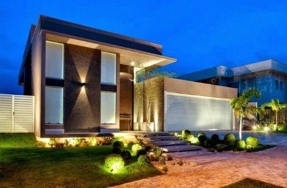 16 lindas fachadas de casas sem telhados.  http://www.vaicomtudo.com/16-modelos-de-fachadas-de-casas-sem-telhados-e-2-tipos.html