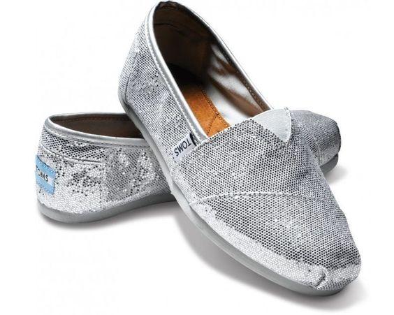 TOMS Classics Women's Silver Glitter Slip-On Flats – Size 8.5 - NWOB #Toms #Flats