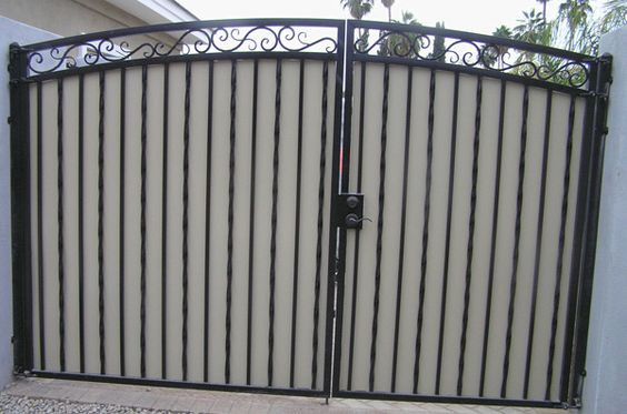 Driveway gates decorative arched with plate steel