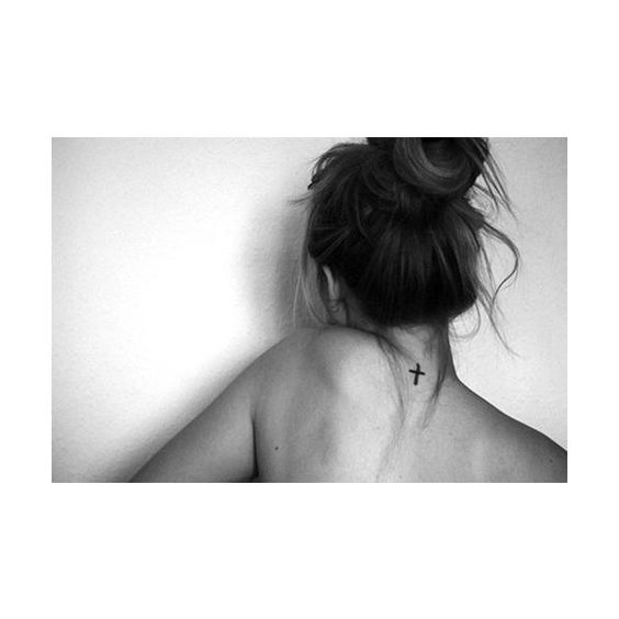 cross, neck, tattoo ❤ liked on Polyvore featuring accessories, body art, tattoos, hair, icons, photo and tatto