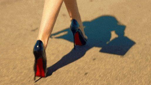 ''Fui achando meus espaços, descartando meus pecados, acreditando nas escolhas.  Hoje tenho o andar mais solto, não pela facilidade do caminho, mas por ter total domínio dos meus pés.''  ― Fernanda Gaona