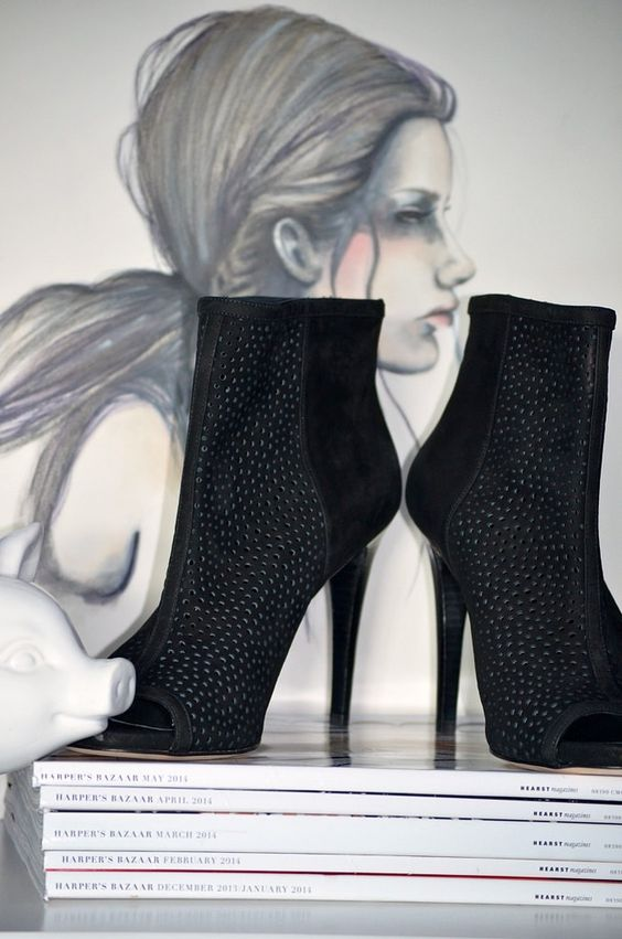 Stuart Weitzman booties, shoes, style, fashion