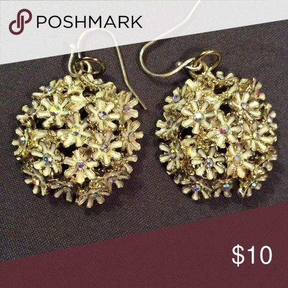 Cluster daisy earrings Cluster daisy earrings multiple color stones Jewelry Earrings