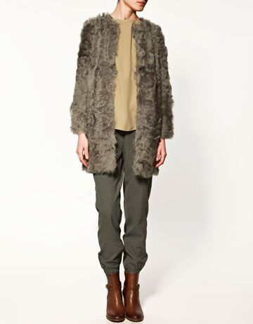 Zara fur. Last season so I will have to track it down.