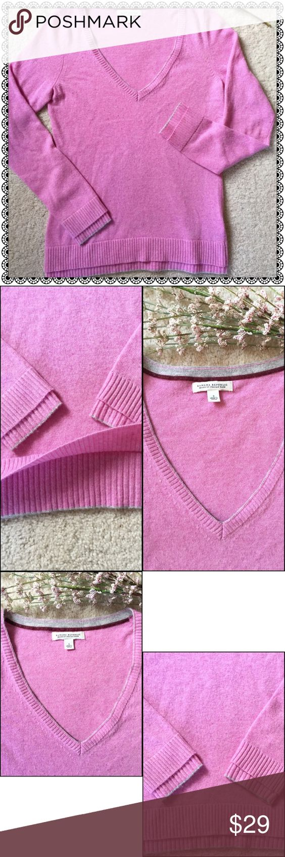 BANANA REPUBLIC 💕GORGEOUS Mauve/Grey Trim Sweater BEAUTIFUL SOFT, Part Cashmere Sweater with Pretty Double Layered Border on Bottom and Sleeves! 😍 Gorgeous Orchid Mauve Color with Light Grey Trim around Neckline, Sleeves, & Bottom Hem ✨ Banana Republic Sweaters