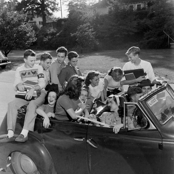 Atlanta Teenagers. October 1947 Photographer: Edward Clark. LIFE Hosted by Google: