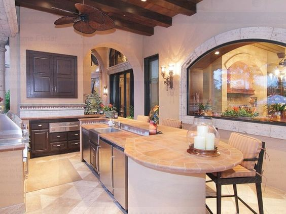 Avery Johnson mansion for sale The Woodlands Spring June 2013 outdoor kitchen