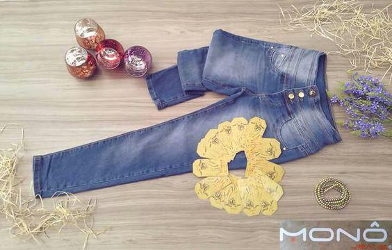 """BOM DIA! Um look criativo e bem montado pode fazer mágicas!  """" Seja Único, Use MONÔ JEANS! """"  #JeansWear #MonôJeans #Moda #Atacado #Brás"""