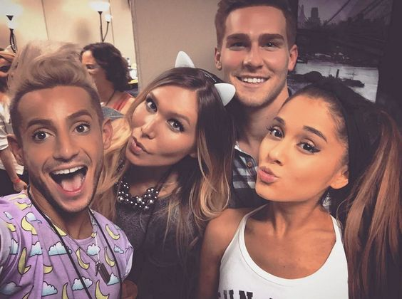What a cutie picture of Ariana Grande and Frankie Grande her brother. Adorable. Love you @arianagrandeexx