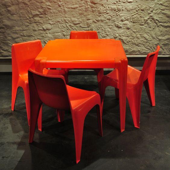 wenn auf capri die rote sonne im meer versinkt… 60s pop interior, Esstisch ideennn