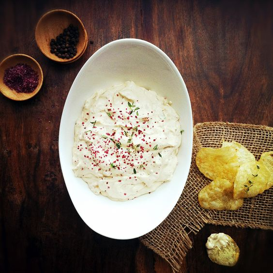 caramelized onion and goat cheese dip
