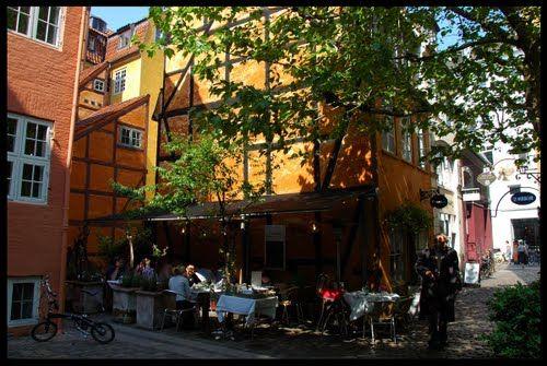 Myndaniðurstöður Google fyrir http://mw2.google.com/mw-panoramio/photos/medium/53641891.jpg