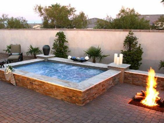 kleiner pool im reihenhausgarten – flipnation, Garten seite