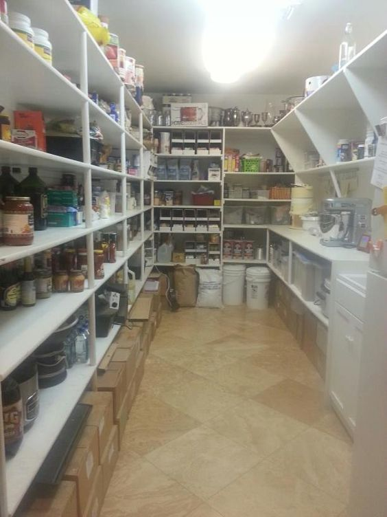 Love this pantry.  Wonder where I could put it???
