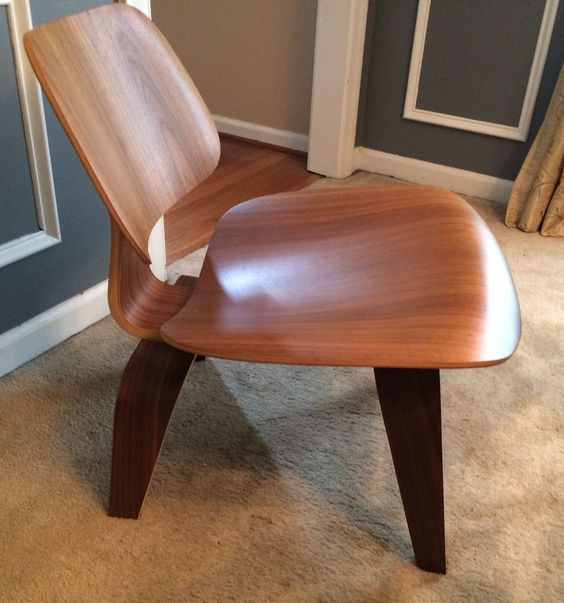 Herman Miller Eames Molded Plywood Lounge Chair LCW Walnut