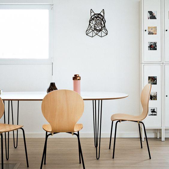 Table réalisée par Stéphane avec nos hairpin legs noirs Ripaton de 71 cm.   Découvrez tous nos produits sur notre site internet.