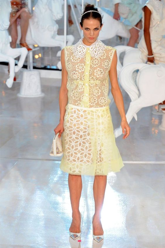 Louis Vuitton Spring 2012 | Paris Fashion Week  I don't know if I can love anything more than I do this
