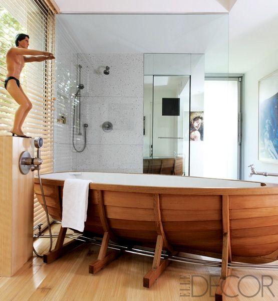 What a fun bathtub!