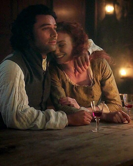 """Everything Aidan on Twitter: """"Ross and Demelza. ❤️❤️❤️ #Poldark https://t.co/mRUhGNFq3t"""""""