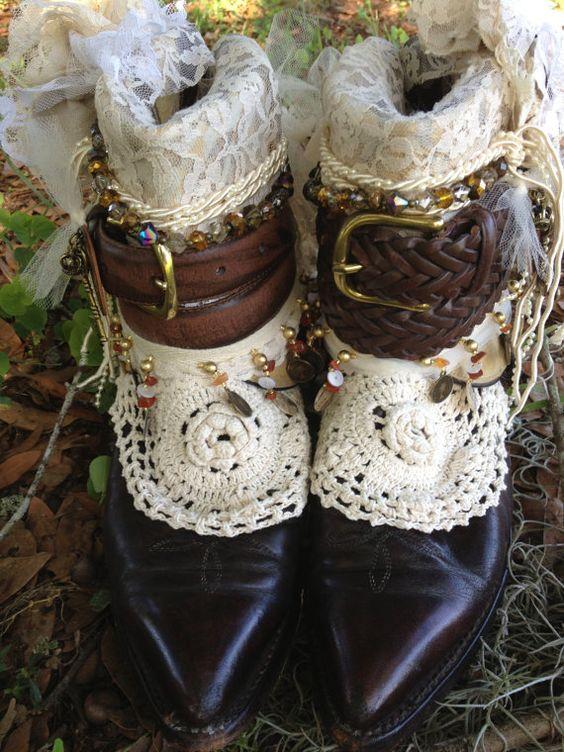 Boho gypsy Wedding Boots Made to von ThePaintedPalomino auf Etsy