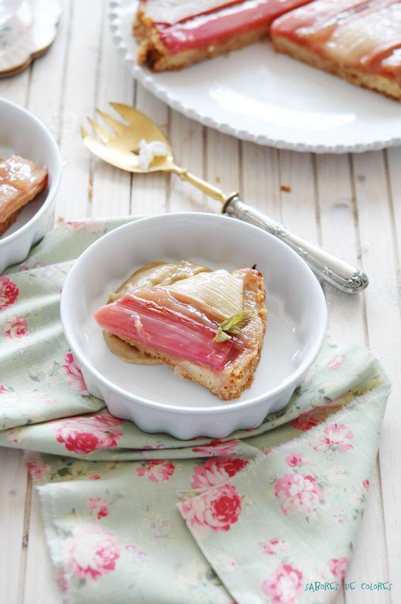 Tarta de ruibarbo con crema pastelera de te al caramelo