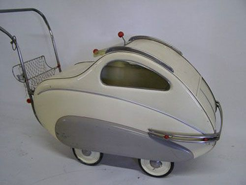 How cool is this...wow, my kids would love it...Industrial designers sure did it in the 1930s. Art Deco Streamline Moderne BABY CARRIAGE.