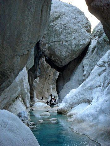 Göynük kanyonu/Kemer/Antalya/// Göynük Kanyonu, Antalya'nın Kemer ilçesine bağlı Göynük mahallesi yakınlarındaki bir kanyondur.