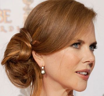 Golden Globes Nicole Kidman's side-swept chignon - Hair | PRIMPED