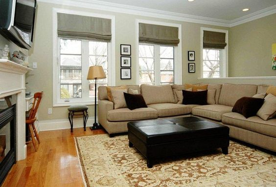 Small family room decorating ideas wall tv hange decor for Small family picture ideas