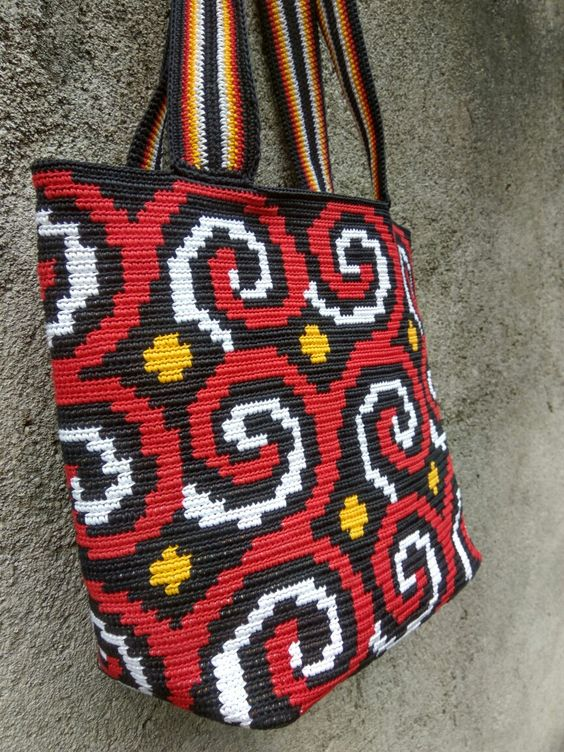 Toraja tapestry tote bag made from waxed cotton cord 1 mm: