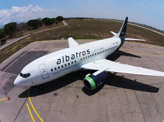 YV3001 (Esmeralda)  ALBATROS Airlines - Boeing  737-500