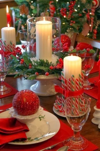 ~Love Candles at Christmas ~ Blogger Pixz~ #tablescape
