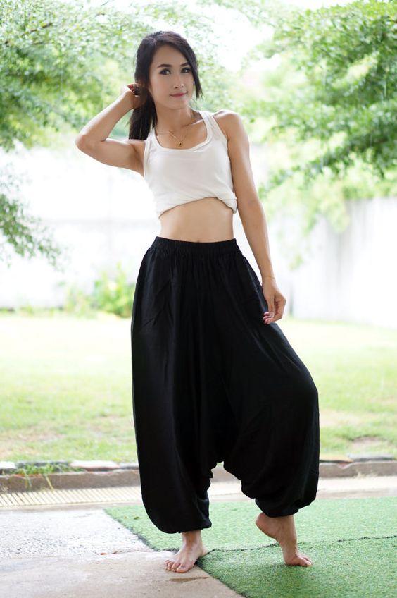 Negro harén pantalones pantalones tailandeses por MaeYing en Etsy