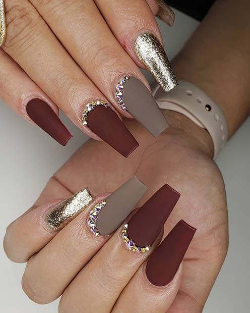 23 Matte Nail Art Ideas That Prove This Trend Is Here To Stay Page 2 Of 2 Stayglam Fall Acrylic Nails Matte Nails Design Matte Nail Art