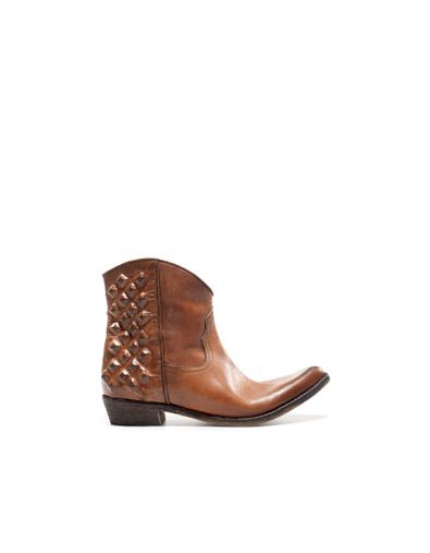 COWBOY ANKLE BOOT - Boots and ankle boots - Woman - Shoes - ZARA United Kingdom