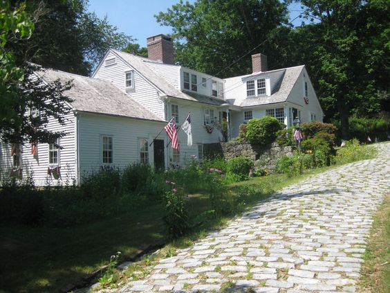 1750's beautifully restored farmhouse in the village of Hope, RI. Walk to…
